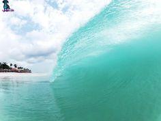 Aruba beach wave