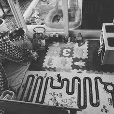 Speelhoekje #oyoy #tipitent #ikea #diy