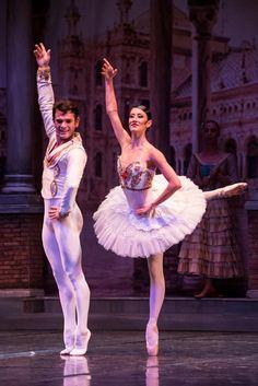 """Erhan Güzel on Twitter: """"Ne güzel şey sahnede olmak 🧿… """" Ballet Skirt, Dance, Shit Happens, Twitter, Dancing, Tutu, Ballet Tutu"""