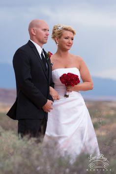 #valleyoffirewedding #desertwedding #lasvegaswedding #luvbug
