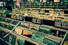 Veja as exclusividades que Foo Fighters, AVICII e mais prepararam para o Record Store Day! #Avicii, #Brasil, #Cover, #Dj, #Festa, #Hit, #Hoje, #Lego, #Leilão, #Música, #Pop, #Record, #Rock, #SãoPaulo, #Série, #Show, #TheDays, #Vinil http://popzone.tv/veja-as-exclusividades-que-foo-fighters-avicii-e-mais-prepararam-para-o-record-store-day/