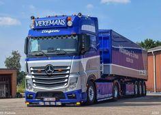 Big Rig Trucks, Cool Trucks, Mb Truck, Customised Trucks, Jeep Baby, Mercedes Benz Trucks, Mercedez Benz, Road Train, Heavy Equipment