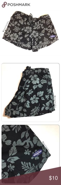 """RIGGERS HAWAII hibiscus print shorts PRELOVED in good condition, minor wear, nothing noticeable. comfortable drawstring front, elastic back waist shorts with a subtle hibiscus print.  details ・fits like a medium/large (no tag) ・14"""" waist  ・11.5"""" length ・2"""" inseam ・13"""" leg opening  due to lighting- color of actual item may vary slightly from photos. please don't hesitate to ask questions. happy POSHing 😊  💰 use offer feature to negotiate price 🚫 i do not trade or take any transactions off…"""