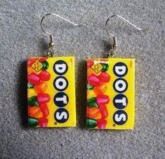 Dots Candy Kitsch Dangle Polymer Clay Junk Food by craftymule Funky Earrings, Funky Jewelry, Diy Earrings, Unique Earrings, Cute Jewelry, Jewelry Accessories, Jewelry Design, Dots Candy, Accesorios Casual