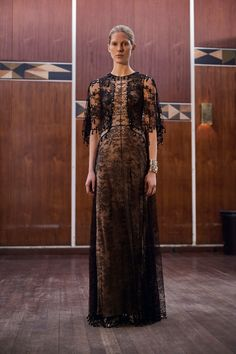 Givenchy Pre-Fall 2017 collection | This is so beautiful!