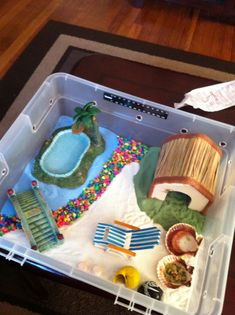 Hermit crab home! I want to have a cage like this for my 17 hermit crabs