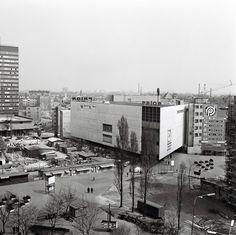 Kamenné námestie a Prior Bratislava, Times Square, Travel, Geo, Google, Pictures, Fotografia, Viajes, Destinations