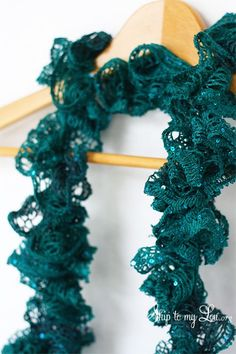 DIY Ruffle Scarf! This crochet ruffle scarf is the perfect way to add some sparkle to your holiday! www.skiptomylou.org #crochet #scarftutorial #handmadegift