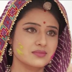 Image may contain: 1 person Beautiful Bollywood Actress, Most Beautiful Indian Actress, Cute Faces, Deepika Padukone, Girl Face, Indian Beauty, Indian Actresses, Desi, Pearl Earrings