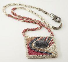 Ethnic Chic, Boho Chic, Handmade Design, Handmade Items, Ethnic Jewelry, Boho Hippie, How To Make Beads, Bead Weaving, Beaded Embroidery