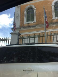 19 de septiembre de 2016. 9:30am Viejo San Juan #banderasyescudosVSJ #Sagradoagosto2016