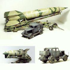 V-2 Rocket Meillerwagen Hanomag SS100 and WWII German V-2 Rocket Transporter/Erector 1/35 Takom. Modeler Pikasso #scalemodel #plastimodelismo #plasticmodel #plastimodelo #miniatura #miniature #maqueta #maquette #modelismo #modelism #modelisme #miniatur #takom #usinadoskits #udk #scalemodelkit #scalemodelsworld #plamodel