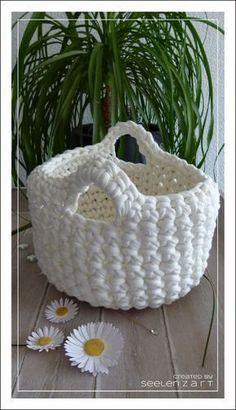 Hobby Lobby Letters - Best Hobby For Women - - Hobby Horse Crochet - Hobby Ideas Pictures - Cheap Hobby Loom Knitting, Knitting Patterns, Baby Knitting, Crochet Home, Knit Crochet, Crochet Rabbit, Knitting Projects, Crochet Projects, Pom Poms