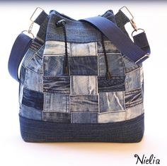 62 ideas patchwork jeans diy ideas for 2019 Diy Jeans, Blue Jean Purses, Diy Sac, Denim Tote Bags, Diy Backpack, Patchwork Jeans, Denim Ideas, Denim Crafts, Recycled Denim