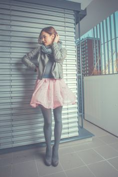 Lehoulinká šifonová sukně: http://www.fler.cz/zbozi/dande-lion-4707931