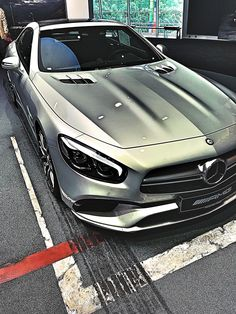 #Mercedes_Benz #SL63_AMG