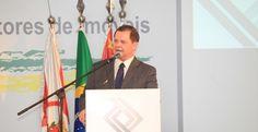 Corretor deveria ter status de médico ou advogado, diz presidente da Fenaci - Corretor Destaque