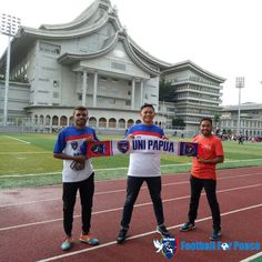 Uni Papua open both in Event Cherity Yoga at Tzu Chi Center, Pantai Indah Kapuk, Jakarta Barat   In our both came artist, DELON & Ridho SLANK  The event for cherity with Sport  http://unipapua.net/berita/uni-papua-at-tzu-chi-center-pik-jakarta/  -AH-