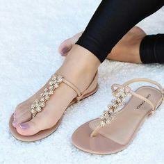 21 Ideas For Womens Shoes Sandals Pretty Shoes, Cute Shoes, Me Too Shoes, Coral Sandals, Shoes Flats Sandals, Flat Sandals, Trendy Sandals, Cute Sandals, Bridal Shoes