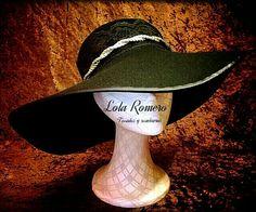 Precioso sombrero realizado a mano con materiales de primera calidad. ¡Llevátelo en tu color favorito!