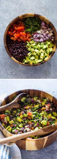 Videolu, Avokadolu Siyah Fasulye Salatası , #avokadomezesi #avokadotarifleri #değişiksalatatarifleri #güzelsalataçeşitleri , Lezzetli bir salata tarifi hazırladık. İçinde hem avokado, hemde siyah fasulye var. Sağlıklı ve besleyici. Salatayı isterseniz bir gece önced...
