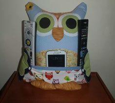 Almofada coruja porta controle vc enconta no Facebook ateliegabi@gmail.com