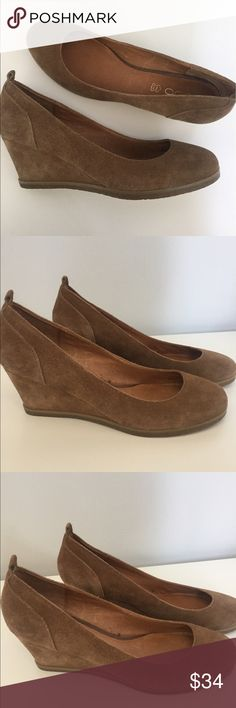 "Aldo Women's Low Wedge Suede Shoes Size 11. -Aldo Women's Low Wedge Suede Shoes Size 11. -Excellent used condition  -Round Toe. -Heel Height: 3"" Aldo Shoes Wedges"