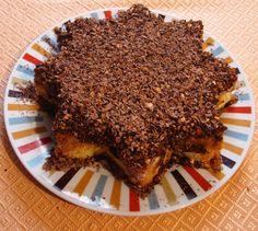 (da rifare, buonissimo ) Pandoro farcito di crema pasticciera,mandorle e cioccolato fondente a scagli