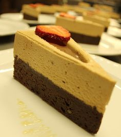 FarkasVilmos: Brownie zilatortaformában How To Make Cake, Food To Make, Hungarian Recipes, Hungarian Food, Mousse Cake, Cakes And More, Cake Recipes, Caramel, Cheesecake