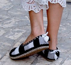 Ravelry: Tailored Cord/Crochet Tray-Soles + Sole Treatment - Turn home slippers into street shoes pattern by Ingunn Santini