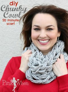 Whip up this adorable DIY Arm Knitting Chunky Cowl scarf in 20 minutes