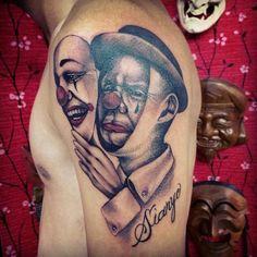 Clown originates from the Italian phrase pagliaccio . Students level out that the determine just like the trendy clown whose job it was to dedicate himself to the artwork of laughing got here in Gangster Tattoos, Chicano Tattoos, 3d Tattoos, Body Art Tattoos, Sleeve Tattoos, Tattoos For Guys, Chicano Lettering, Clown Tattoo, Jesus Tattoo