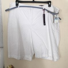 White eyelet shorts New with tags size 20w made by Gloria Vanderbilt Gloria Vanderbilt Shorts