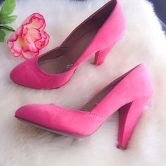 Coral heels Good condition (worn twice). Coral heels shoes Shoes Heels