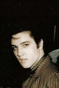 {*Handsome Young Elvis*}