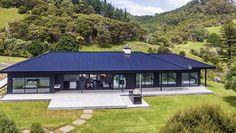 Evelyn McNamara Architecture LTD | cooks beach house