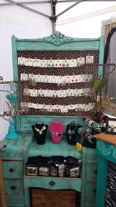 Jewerly Display Furniture Craft Fairs 43 Ideas For 2019 Jewellery Storage, Jewellery Display, Jewelry Booth, Jewelry Holder, Necklace Holder, Jewelry Stand, Jewelry Tree, Hanging Jewelry, Wooden Jewelry