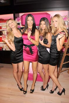 Candice Swanepoel, Adriana Lima, Lily Aldridge, and Erin Heatherton Victoria Secret Store, Victoria Secret Angels, Candice Swanepoel, Nylons, Trendy Fashion, Fashion Models, Erin Heatherton, Vs Models, Victorias Secret Models