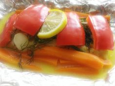 Dorsz pieczony z warzywami Vegetables, Ethnic Recipes, Food, Veggies, Vegetable Recipes, Meals, Yemek, Eten