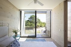 Amagansett Dunes by Bates Masi / Bedroom with a view