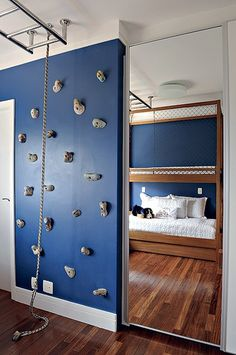 Ideas for boys bedrooms Chambre Nolan, Kids Bedroom Furniture, Blue Furniture, Rustic Furniture, Luxury Furniture, Modern Furniture, Kids Room Design, Baby Bedroom, Cool Rooms