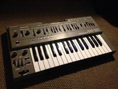 MATRIXSYNTH: Roland SH-101