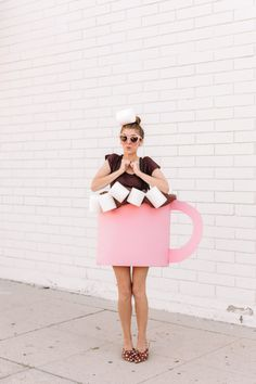 How To Make A Hot Chocolate Costume | studiodiy.com Halloween Costume Diy, Halloween Mono, Costume Ideas, Food Costumes, Homemade Costumes, Zombie Costumes, Funny Costumes, Group Halloween, Disney Costumes