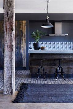 Rue Verte, Modern Rustic Kitchens, Modern Kitchen Design, Blue Kitchen Designs, Modern Interior Design, Rustic Modern, Rustic Industrial, Rustic Blue, Blue Home