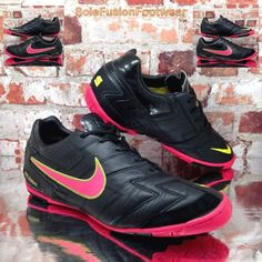 b5660786980c4f Nike Mens T5 Zoom Football Trainers Black size 8 Soccer Shoes Sneakers US 9  42.5