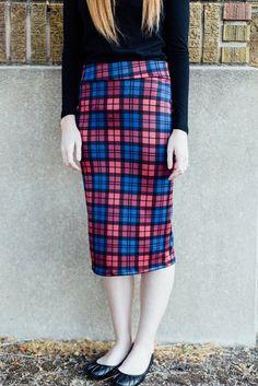 Cleo Madison- Plaid pencil skirt close up... - Street Fashion