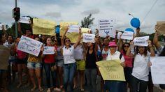 #LEIAMAIS #UEFS WWW.OBSERVADORINDEPENDENTE.COM FEIRA DE SANTANA: Alunos do curso de psicologia da UEFS fazem manifestação e pedem melhorias para o curso