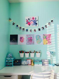55 lovely dorm room organization ideas 35 - All About Decoration Cute Room Decor, Teen Room Decor, Bedroom Decor, Bedroom Ideas, Bedroom Designs, Teen Bedroom Desk, Diy Room Decor For Girls, Dorm Room Organization, Organization Ideas
