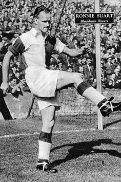 Ronnie Suart of Blackburn Rovers in 1954.
