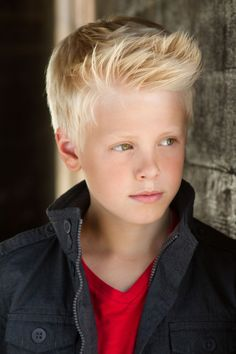 Hey! I'm Caleb! I'm 12 and crushing on Coleen! Introduce?